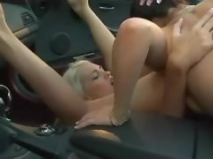 Babe gets first lesbian experience
